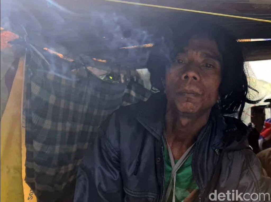 Perjuangan Pria Penunggu Bak Sampah di Sukabumi Saat Pandemi COVID-19
