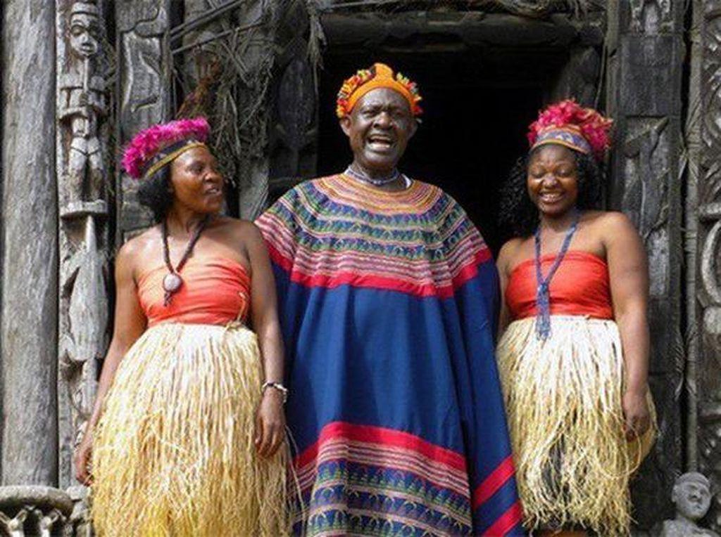 Kisah Raja Afrika yang Dapat Warisan 100 Istri & 500 Anak dari Ayahnya