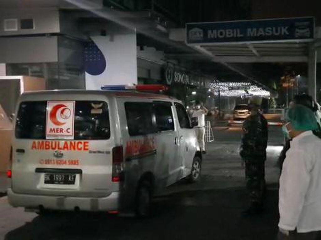 Dokter Positif Corona di Medan Wafat, Jenazah dalam Ambulans Saat Disalatkan
