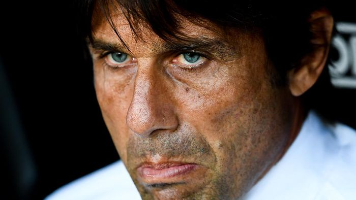 GENOA, ITALY - JULY 25: Antonio Conte coach of Inter before the Serie A match between Genoa CFC and  FC Internazionale at Stadio Luigi Ferraris on July 25, 2020 in Genoa, Italy. (Photo by Paolo Rattini/Getty Images)