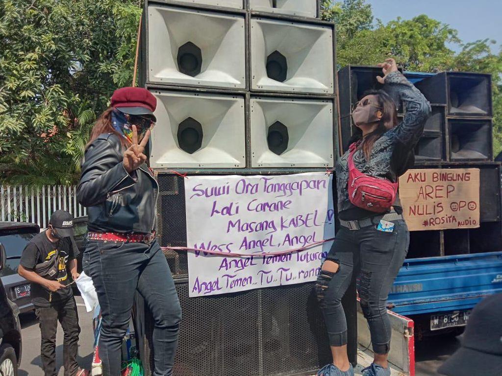 Tuntut Izin Pertunjukan, Demo Pekerja Seni Turunkan Lebih 25 Mobil Sound System