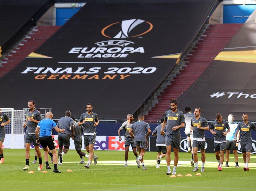Trofi Liga Europa Bisa Bikin Inter Pede di Musim Depan