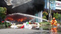 3 Toko Perabot di Rembang Dilalap Si Jago Merah