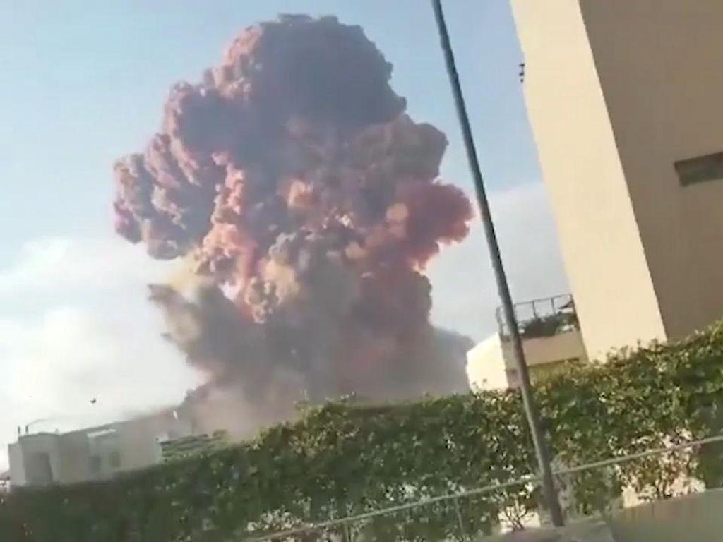 Pihak Militer Lebanon Selidiki Ledakan Beirut, 16 Staf Pelabuhan Ditahan