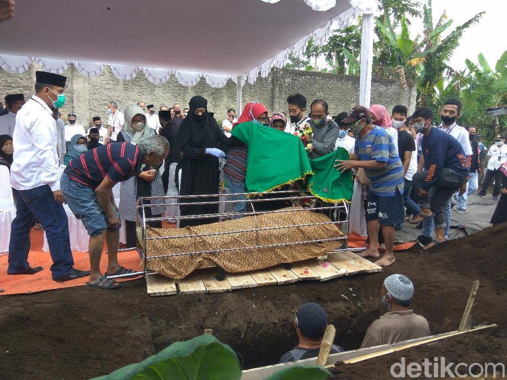 Sekda Kabupaten Bandung Meninggal, Dadang Naser: Pileuleuyan Pak Teddy