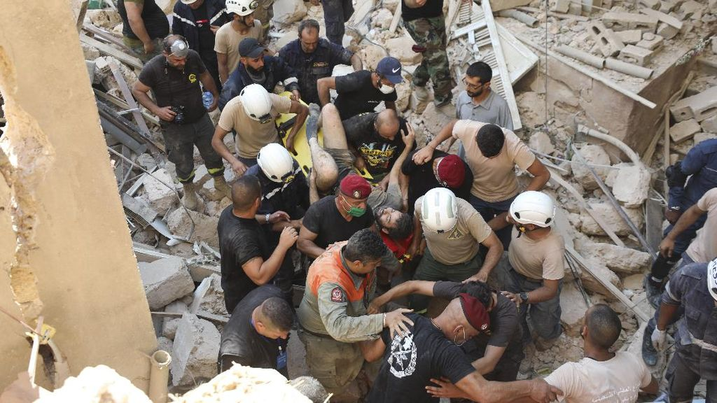 Evakuasi Korban Ledakan Lebanon Terus Dilakukan