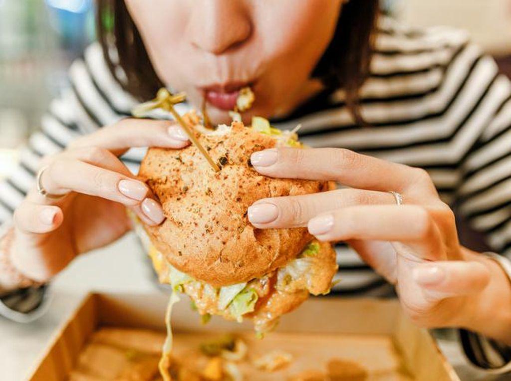 Hati-hati! 5 Kebiasaan Makan Ini Bisa Melemahkan Imunitas Tubuh