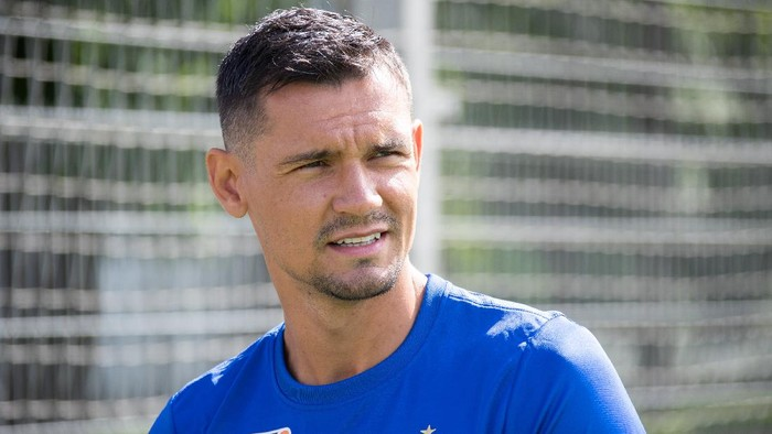 Dejan Lovren menikmati hari pertamanya di Zenit Saint Petersburg, Senin (3/8/2020).