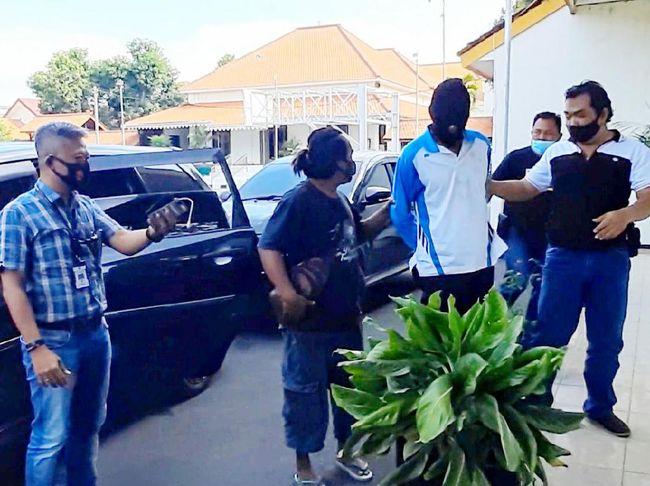 Penangkapan Dukun Cabul Masukkan Telur ke Kemaluan Diwarnai Aksi Bak Film Laga