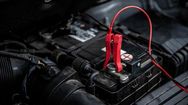 ilustrasi aki, accu, atau car battery