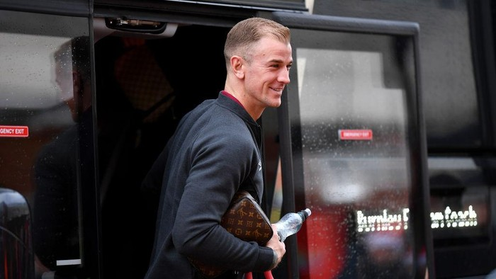 BOURNEMOUTH, ENGLAND - DECEMBER 21: Joe Hart of Burnley arrives prior to the Premier League match between AFC Bournemouth and Burnley FC at Vitality Stadium on December 21, 2019 in Bournemouth, United Kingdom. (Photo by Justin Setterfield/Getty Images)