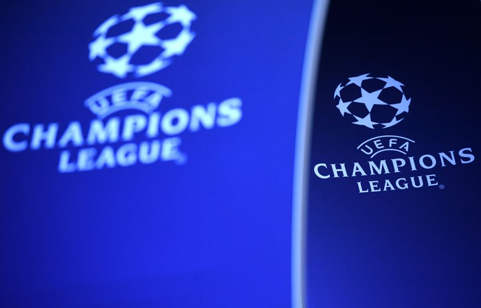 BARCELONA, SPAIN - OCTOBER 24: The Champions League logo is seen prior to the Group B match of the UEFA Champions League between FC Barcelona and FC Internazionale at Camp Nou on October 24, 2018 in Barcelona, Spain.  (Photo by David Ramos/Getty Images)