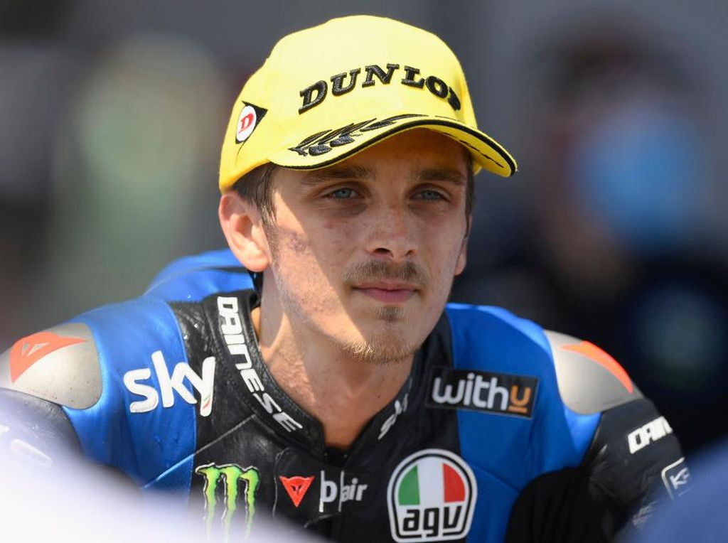 Kans Adik Valentino Rossi Juara Dunia Moto2, Ini Syaratnya