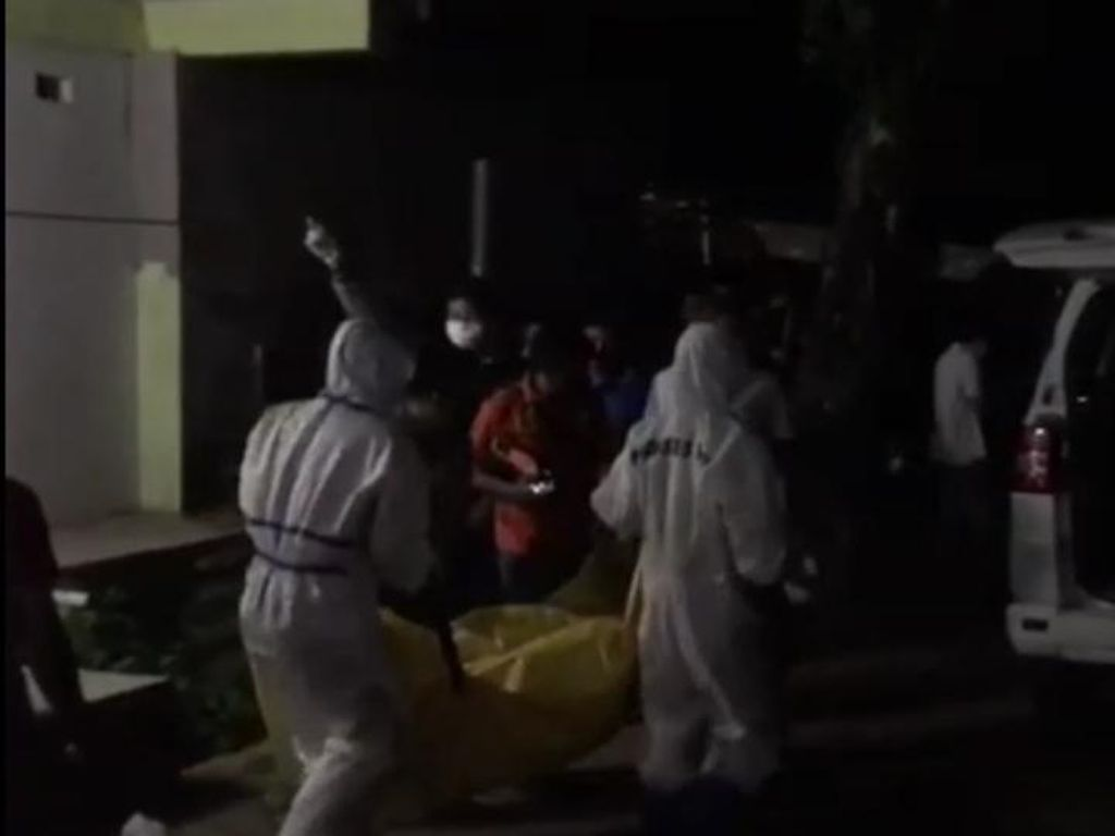 Pria di Kendari Ditemukan Tewas di Kamar Kos, Dievakuasi Petugas Ber-APD
