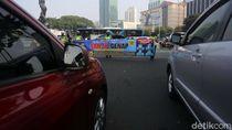 Sepekan Ganjil-Genap, Anies Dinilai Belum Jamin Keamanan di Transportasi Umum