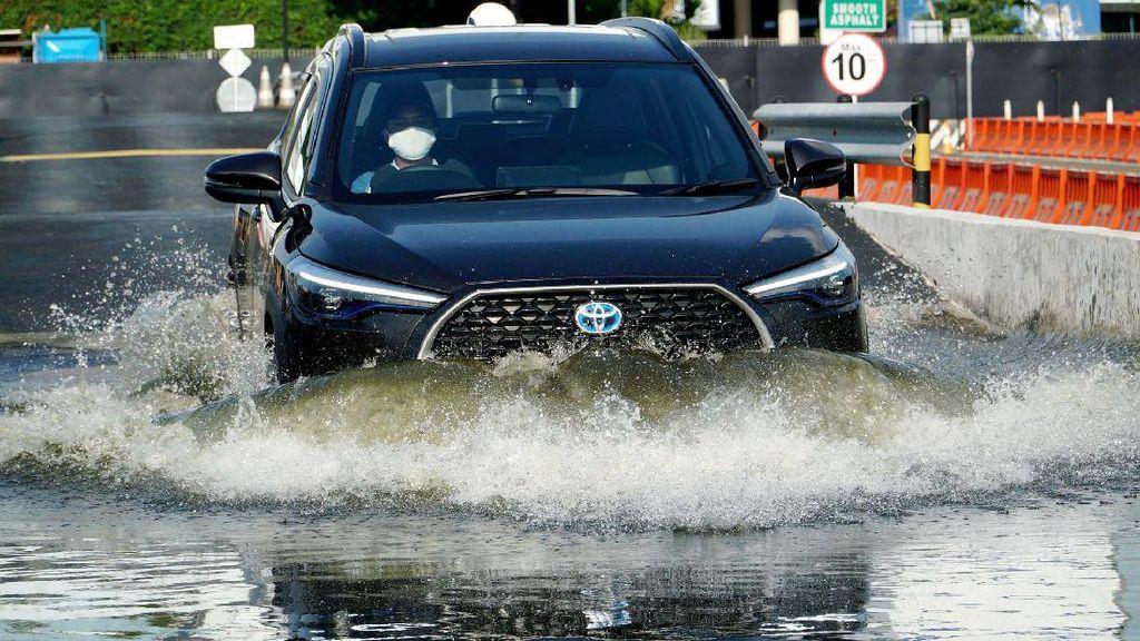 Tampang Keren Toyota Corolla Cross yang Dibanderol Mulai Rp 457,8 Juta