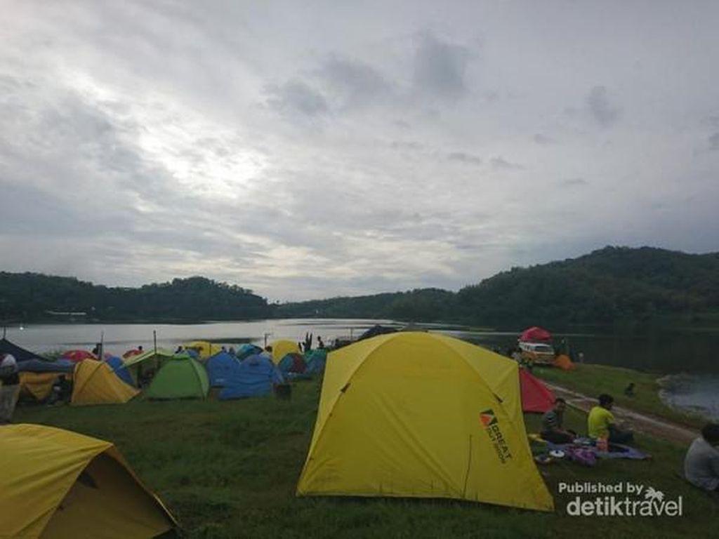 Waduk Sermo, Tempat Kemping Murah Meriah di Kulonprogo