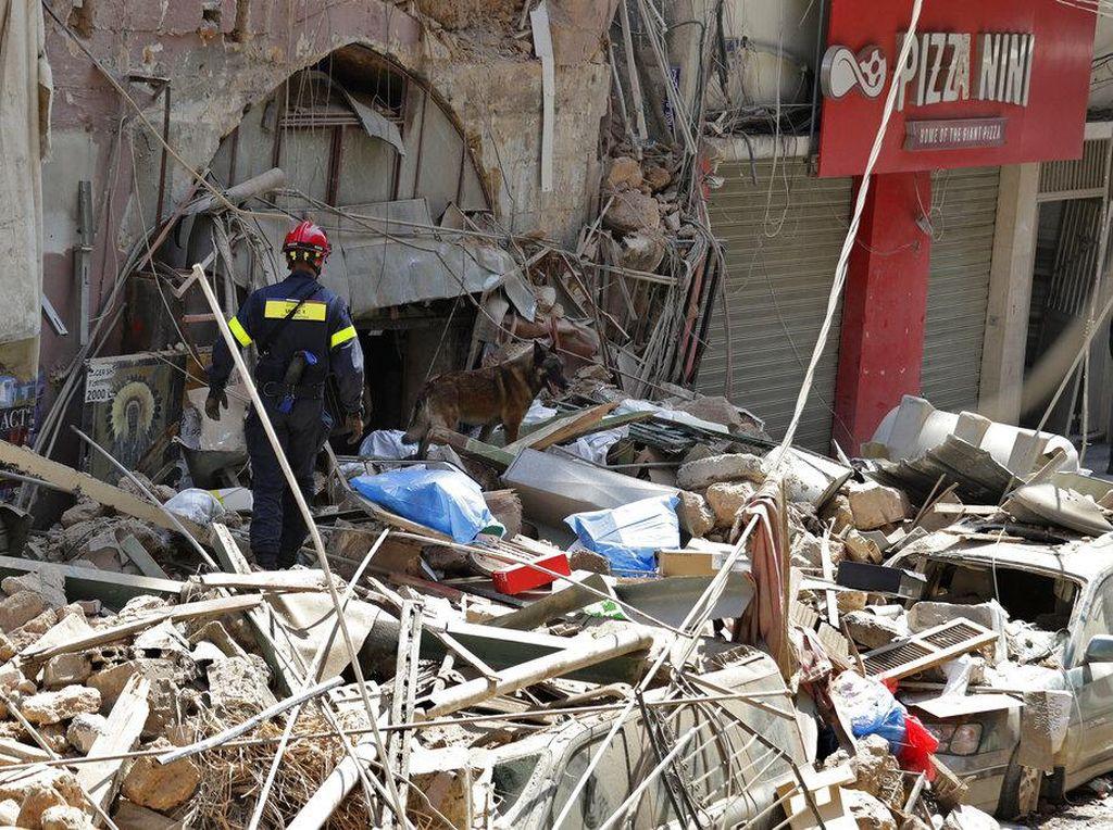 Tentara Lebanon Cek Kondisi 85.000 Bangunan Pasca-ledakan di Beirut