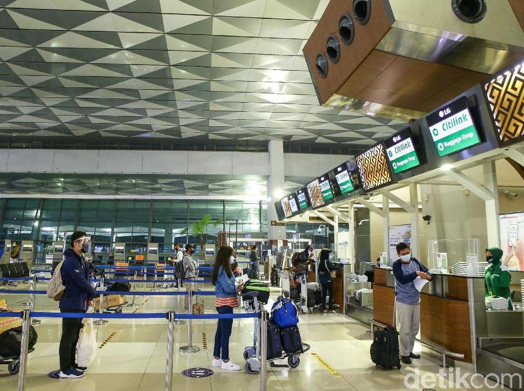 Daftar Negara Lockdown RI, PHK Singapore Airlines, Kampung Bali di Bekasi