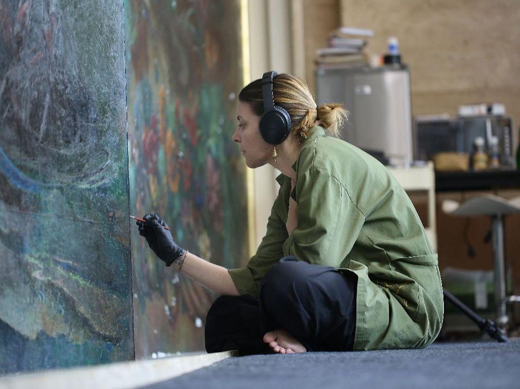 Restorasi Lukisan Terbesar Lee Man Fong Butuh Waktu Setahun