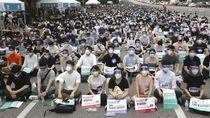 Dokter Muda di Korea Selatan Turun ke Jalan Protes Pemerintah