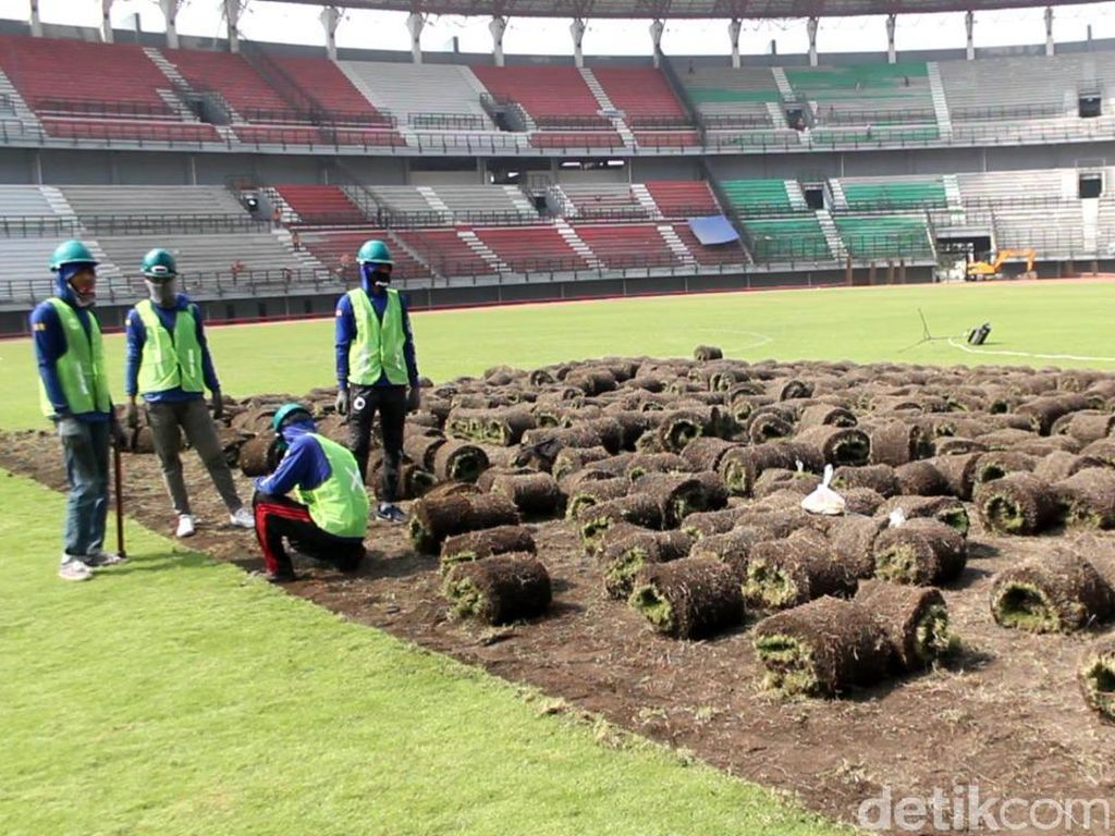 Rumput Stadion GBT Surabaya Diganti untuk Piala Dunia U-20 2021