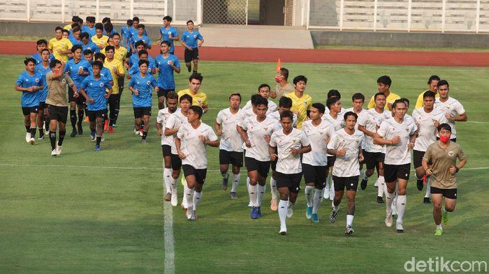 Timnas Indonesia akhirnya latihan.
