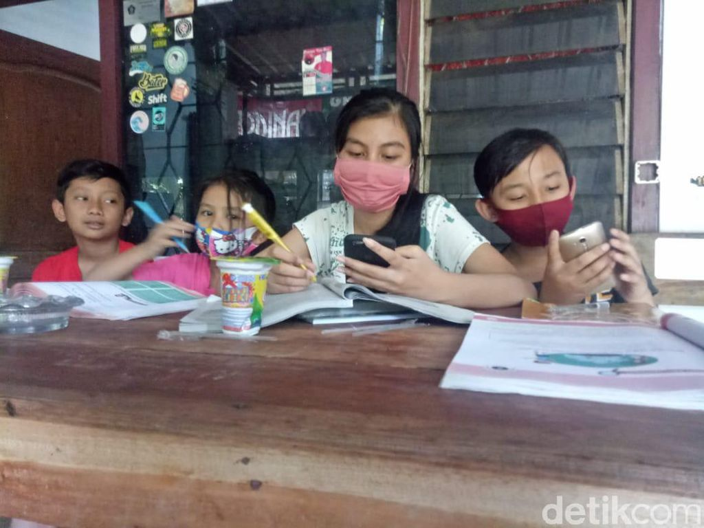 Cara Cek Kuota Belajar untuk Indosat, Tri, XL, Axis dan Telkomsel
