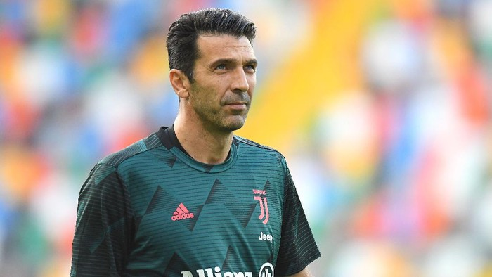 UDINE, ITALY - JULY 23:  Gianluigi Buffon of Juventus looks on during the Serie A match between Udinese Calcio and Juventus at Stadio Friuli on July 23, 2020 in Udine, Italy. (Photo by Alessandro Sabattini/Getty Images)