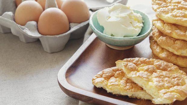 Cloud bread, Oopsie bread , Keto, ketogenic diet, paleo, low carb high fat