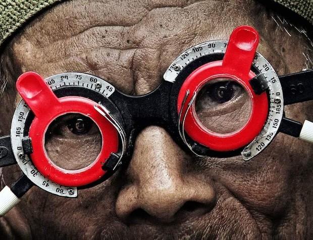 Film Senyap: The Look of Silence (2012) berhasil masuk di festival film internasional.
