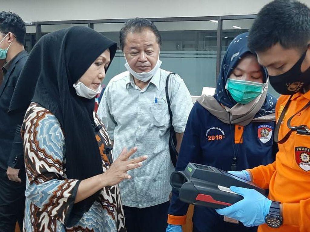 Video Saksi: Anita Sewa Pesawat Jemput Djoko Tjandra di Pontianak