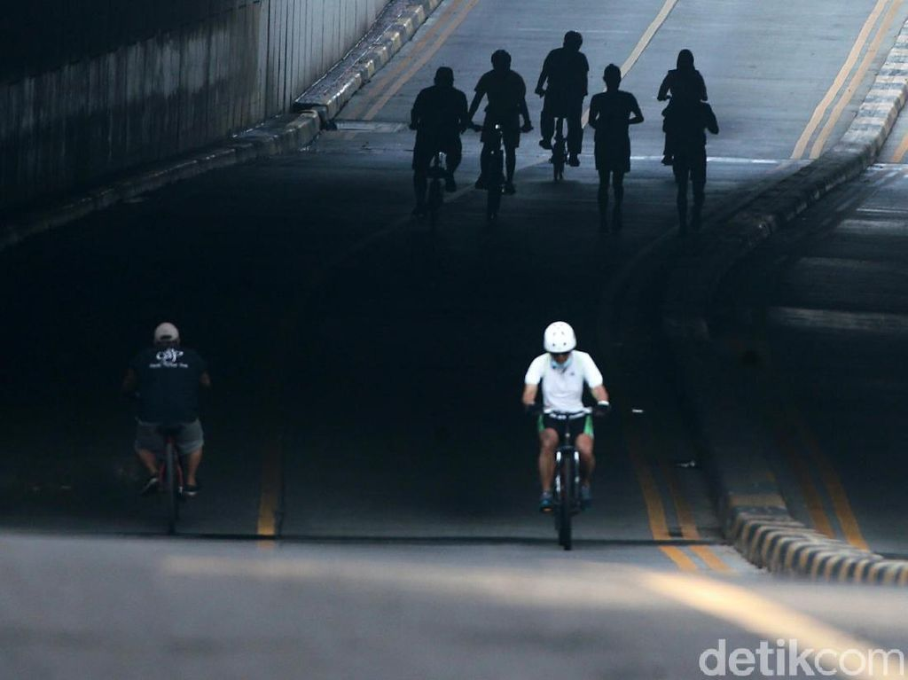 Dear Pak Anies, Daripada Road Bike Masuk Tol Mending Lakukan Ini Dulu