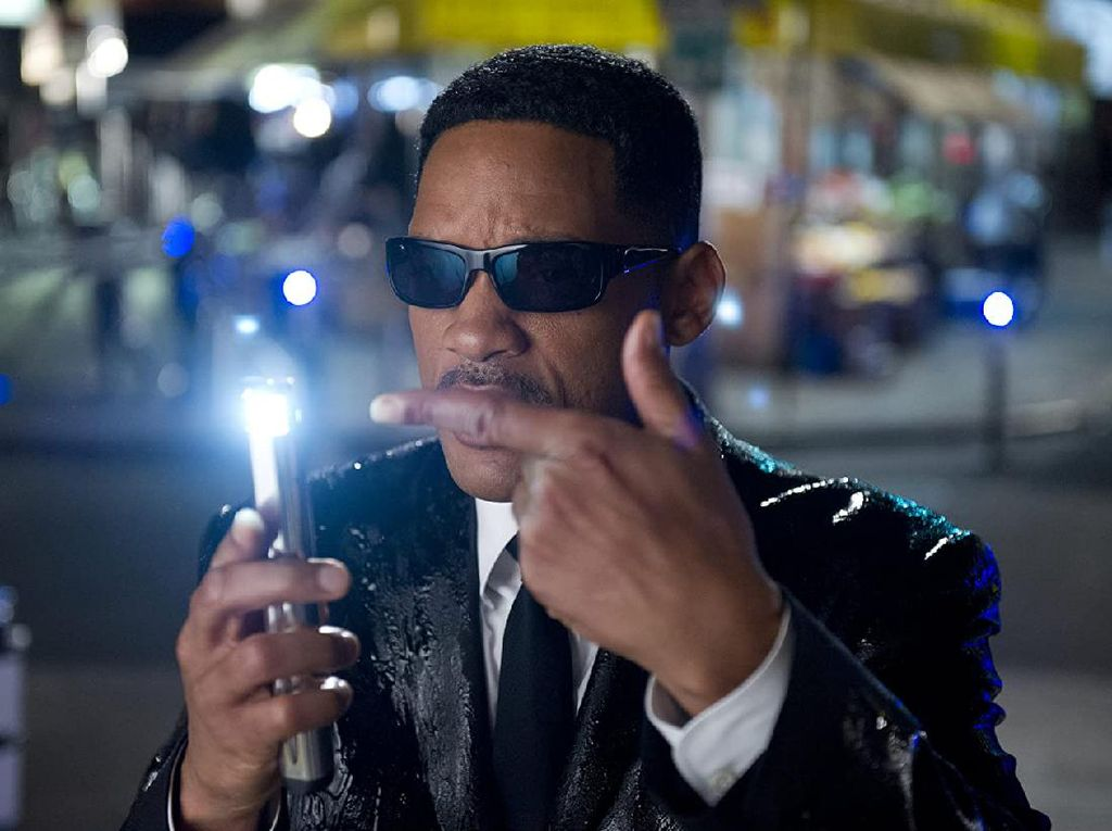 Sinopsis Men in Black 3, Film Will Smith di Bioskop Trans TV Malam Ini