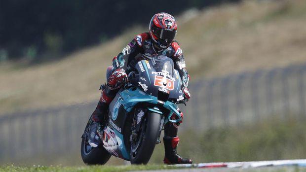 France's rider Fabio Quartararo competes during the MotoGP at the Czech Republic motorcycle Grand Prix at the Automotodrom Brno, in Brno, Czech Republic, Sunday, Aug. 9, 2020. (AP Photo/Petr David Josek)