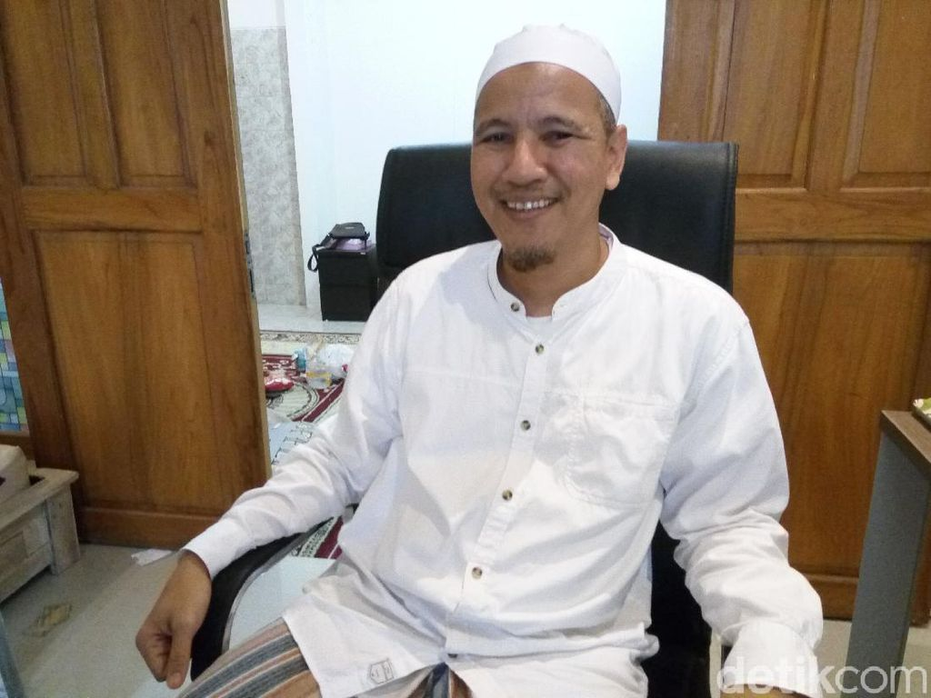 Habib Novel Alaydrus: Kalau Ada yang Caci Maki Habib Rizieq, Diamkan Saja!