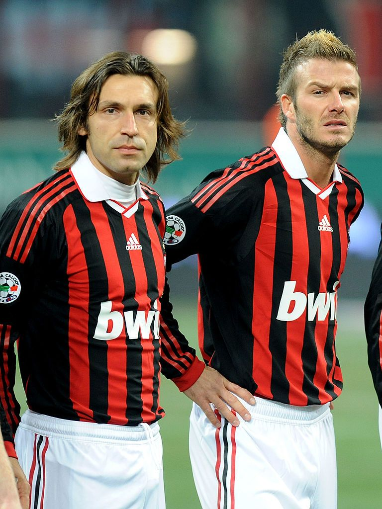 MILAN, ITALY - JANUARY 06: Andrea Pirlo and David Beckham of AC Milan line up during the Serie A match between AC Milan and Genoa CFC at Stadio Giuseppe Meazza on January 6, 2010 in Milan, Italy. (Photo by Massimo Cebrelli/Getty Images)