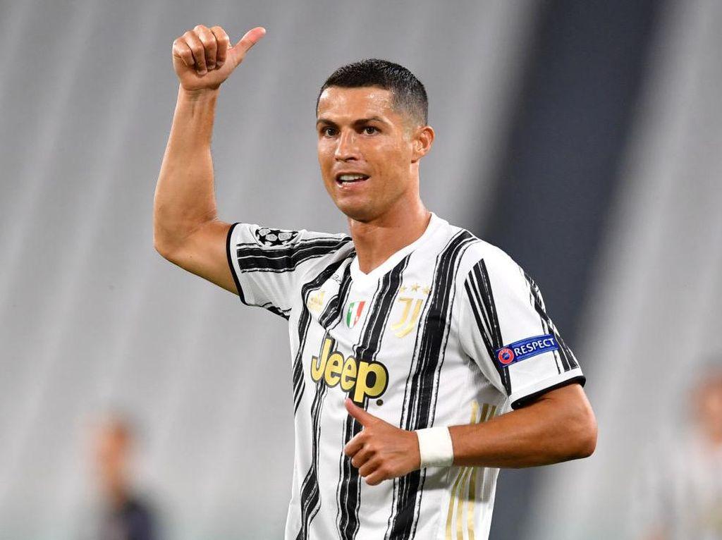 Wah, Beredar Foto Cristiano Ronaldo Pakai Jersey Manchester City