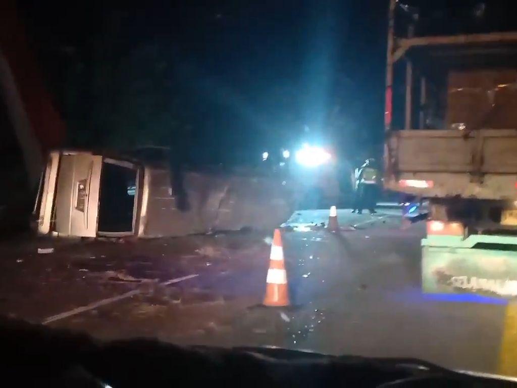 Kecelakaan Maut Cipali, Polisi Duga Sopir Elf Ngantuk