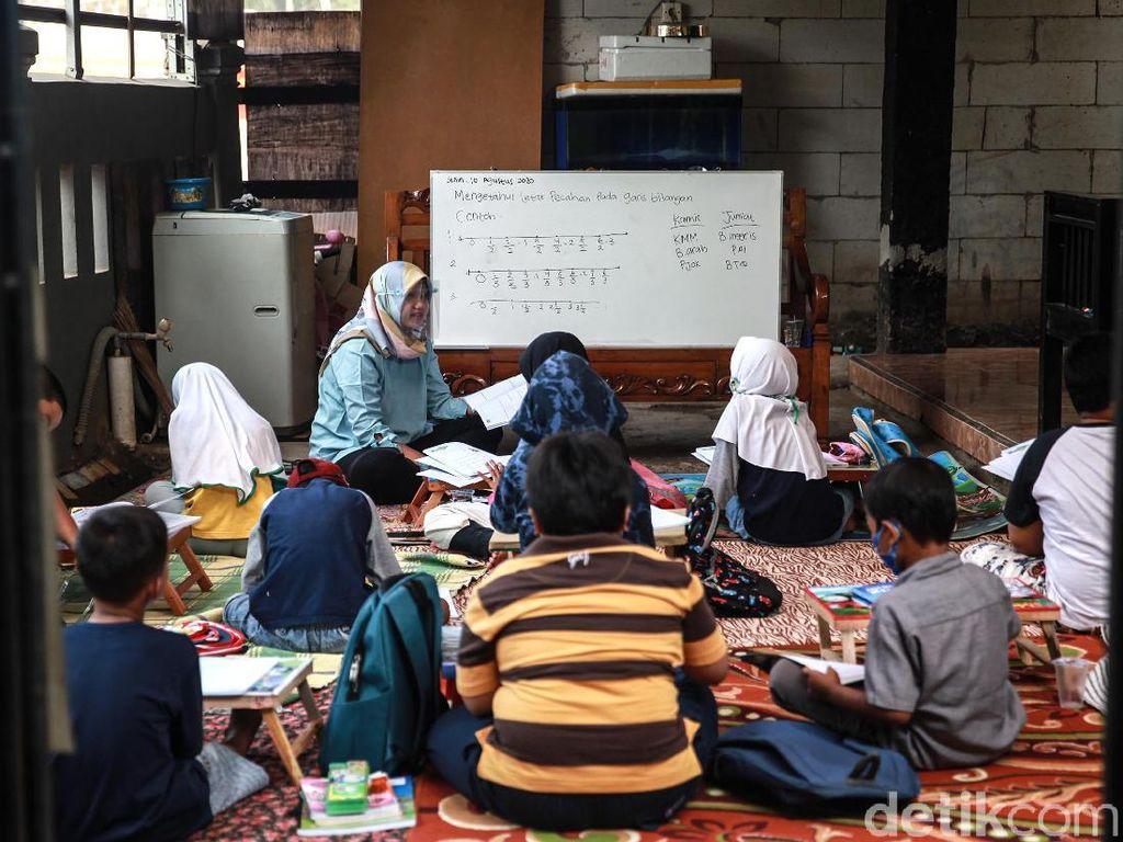 Mahasiswa Ngajar di Sekolah Dapat Rp 700 Ribu/Bulan dari Nadiem