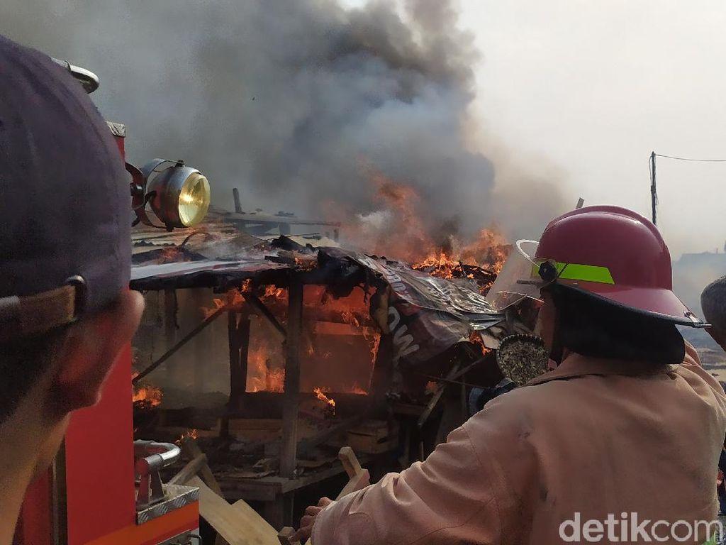 Kebakaran Pasar Ciranjang Cianjur, Pedagang Disiapkan Lahan Darurat