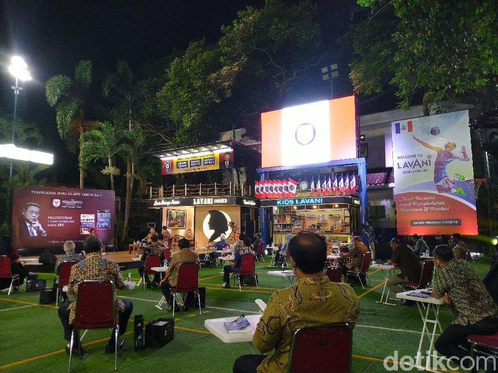 SBY Tulis Buku soal Corona dan Kedamaian Dunia: Saya Tidak Menggurui