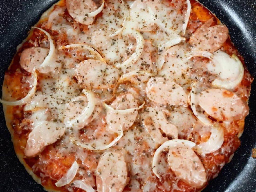 Resep Pizza Ala Rumahan yang Praktis Pakai Wajan