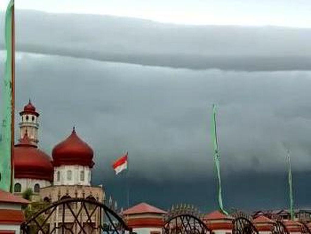 Viral Awan Tsunami di Meulaboh Aceh, BMKG Beri Penjelasan