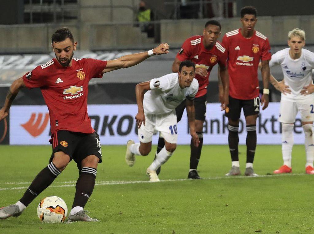 MU Raja Penalti, Robin van Persie Membela dengan Bilang Begini