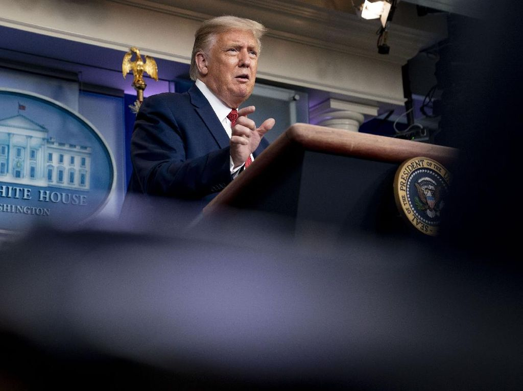 Donald Trump Samakan Pengunjuk Rasa di AS dengan Aksi Preman