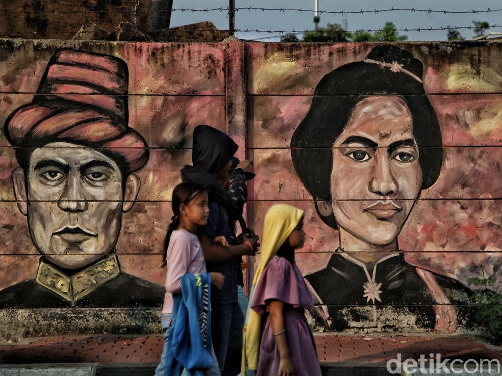 Daftar Nama Pahlawan Indonesia, Dari Cut Nyak Dien hingga Ki Hajar Dewantara