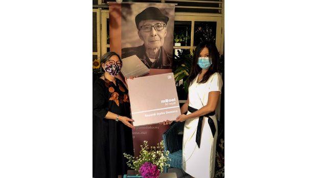 Peluncuran Buku mBoel Sapardi Djoko Damono.