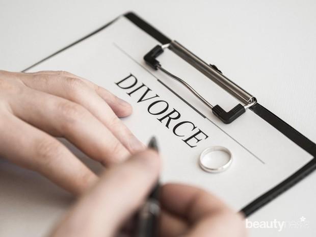 Pastikan terlebih dahulu bahwa duda tersebut telah benar-benar jelas bercerai.