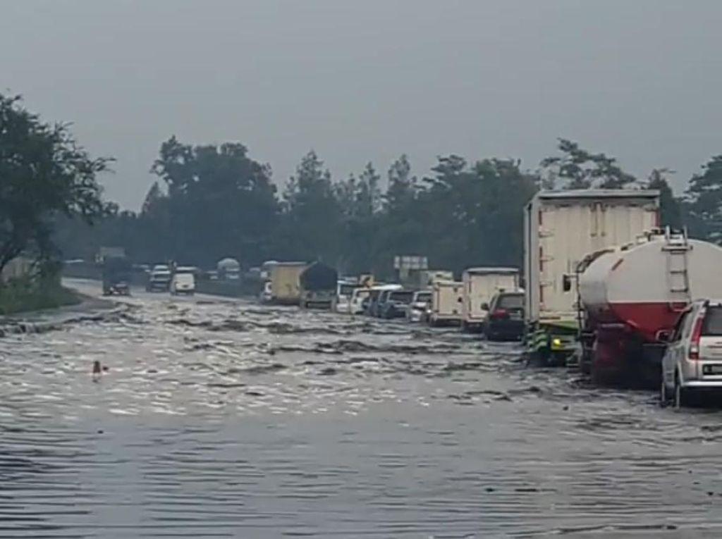 Dituding Penyebab Banjir di Tol Padaleunyi, Ini Respons KCIC